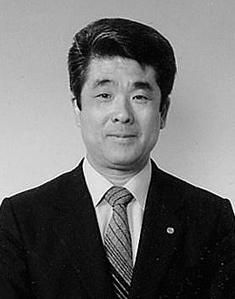 千原台高校同窓会熊城会会長 第2代 仁尾 元希 1981(昭和56)9.1~2003(平成15)3.31